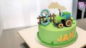der grüne traktor torte fonadant torte motivtorte bauernhof торт трактор cake