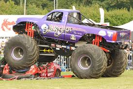Monster Truck Videos 2013] - 28 Images - Fiat Panda Monster Truck ...