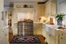 Small Kitchen Decorating Amusing Traditional Cabinets Design 2014