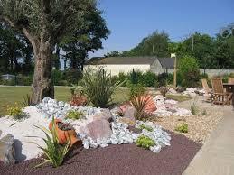 86 best parterre avec cailloux images on gardens