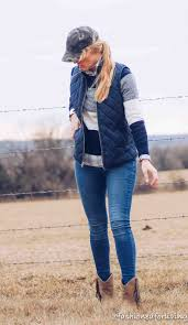 Fashioned For Living: Short Cowboy Boots Outfit With Fringe Boots ... Best 25 Old Navy Jackets Ideas On Pinterest Coats Quirky Quilted Bows Sequins Bglovin A 17 Legjobb Tlet A Kvetkezrl Navy Vest Pinresten Jacket Choice Image Handycraft Decoration Ideas The Best Vest Puffy Outfit 20 Preppy Vests For Fall Kelly In The City Winter Ivorycream Puffer Jacket Minimal And Womenouterwear Jacketsoldnavy Joules Braemar Stable Stylin Fashion