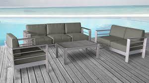 canap salon de jardin le salon orolo est composé de 2 canapés 1 fauteuil et 1 table basse