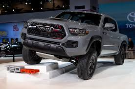 2017 Toyota Tacoma TRD Pro First Look Review