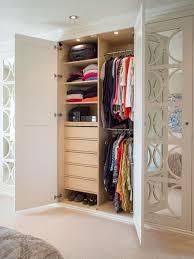 Wardrobe Inside Layout