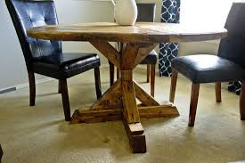 Round Farmhouse Table DIY