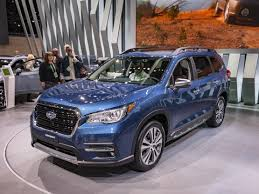 2019 Subaru Ascent First Look | Kelley Blue Book Inside 2019 Subaru ...