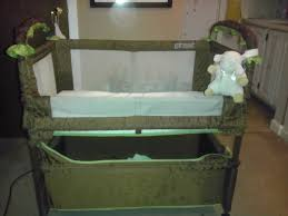 Co Sleepers That Attach To Bed by Arms Reach Co Sleeper Bassinet Clear Vue Review Youtube