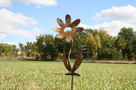 Twisted Metal Flower Stake Garden Gift Rustic Flowers Gardening Outdoor Yard Art