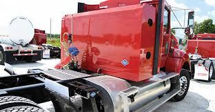 100 Trillium Trucking CoOps Texas Dairy Haulers Embracing CNG Bulk Transporter