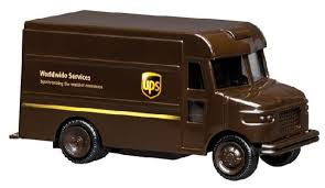 100 Ups Truck Toy UPS Delivery 55L Plastic Real