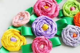 Your Child Can Help Celebrate The Day By Making These Simple Tissue Paper Flower Corsages This Project Is A Great Way To Fine Tune Childs