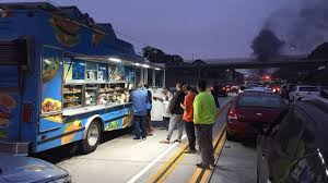 This Food Truck Was Stranded On The 105 Freeway After A Fiery Crash ...