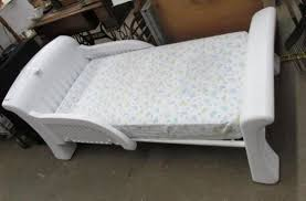 Costco plastic toddler bed wit Auctions line