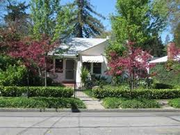 Amazing 50 s Classic Bungalow Home For Sale in Grants Pass Oregon