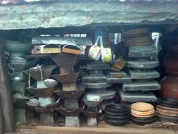 instrument de cuisine file des ustensiles et des instruments de cuisine africain jpg