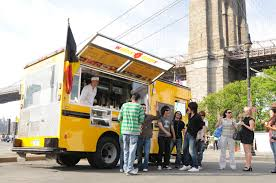 Featured Food Truck – Wafels & Dinges | Roaming Hunger