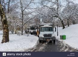 Trucks In Winter Stock Photos & Trucks In Winter Stock Images - Alamy