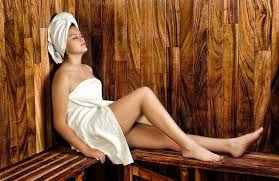 23 health benefits of saunas according to science jen reviews