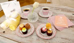Mini Cupcakes Are So Girlslicious