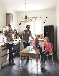cuisine smeg aménagement cuisine familiale ouverte surface côté