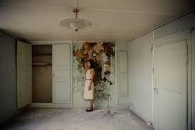 le mistere de la chambre jaune le mystère de la chambre jaune roxanne gauthier photographe à dijon