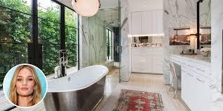 Marilyn Monroe Bathroom Set by Celebrity Bathrooms Most Insane Celebrity Bathrooms Kris Jenner