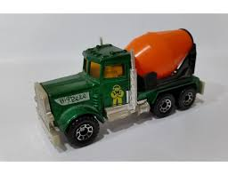 Peterbilt Cement Truck - 80 Vintage Toys