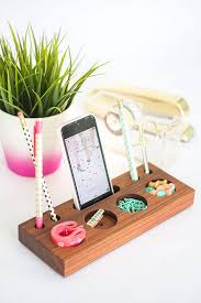 DIY Desk Organizing Ideas Projects