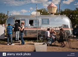 Food Truck Selling Cupcakes From An Airstream Trailer Stock Photo ... Kc Napkins A Food Rag Port Fonda Taco Tweets China Popular New Mobile Truckstainless Steel Airtream Trailer Scolaris Truck About Airstream Family Climb Office Labs Mono Airstream In Bangkok Steemit Italy Ccessnario Esclusivo Dei Fantastici Trailer E Little Kitchen Pizza Algarve Our Blog Food Events And Catering Best Sale Trucks For Good Garner Grill Built By Cruising Kitchens The Remorque Airstream Diner One Pch Automotive