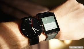 Moto 360 Android Wear working on iPhone 6 iOS VIDEO