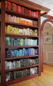 Vintage Books For Decoration by Best 25 Organizing Books Ideas On Pinterest Book Shelf