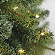 Realistic Artificial Christmas Trees Canada by Evergreen Classics 7 U0027 Lansing Pre Lit Led Mixed Needle Artificial