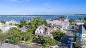 100 Nyc Duplex For Sale NYC Houses Greenport 4 Bedroom House For