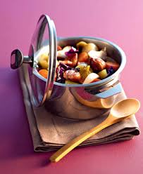 cuisine en cocotte recette cocotte de légumes d hiver à la liqueur de cassis