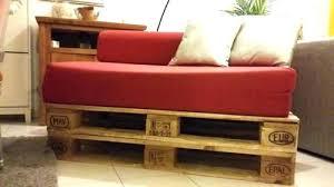 palette canapé fabriquer une banquette lit canape lit palette canapac chauffeuse