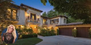 104 Beverly Hills Houses For Sale See Inside Britney Spears S Mer Paparazzi Proof Mansion