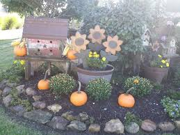 Primitive Decorating Ideas For Outside by 996 Best Fall Decor Images On Pinterest Fall Crafts Fall Decor
