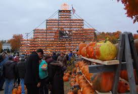 Nh Pumpkin Festival Riot by Laconia Pumpkin Festival Grows To Two Days New Hampshire