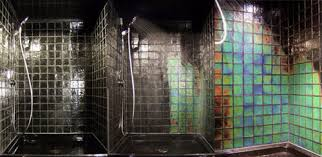 this shower tile changes color depending on the temperature of the