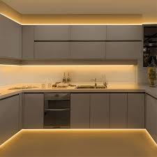 auswahl und installation led streifen für küchenschränke