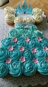 Frozen Elsa Pull Apart Cupcake Cake