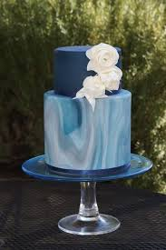41 Edgy Marble Wedding Cakes Happywedd Blue Tiered Marbled Cake With White Roses Junglespirit Choice