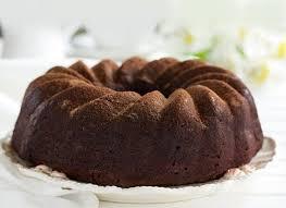 saftiger karottenkuchen mit schokolade und grand marnier