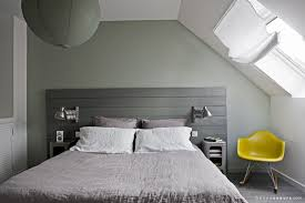 chambres sous combles comment réussir la déco d une chambre d ami sous combles