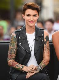 11 Celebrities Who Are Completely Obsessed With Tattoos