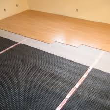 Installing Laminate Floors On Walls by Flooring Diy And Professional Installing Laminate Flooring With