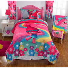 Walmart Bed Sheets by Dreamsworks Trolls Show Me A Smile Bed In Bag Bedding Set