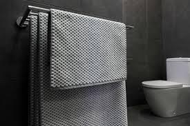 handtuchhalter ohne bohren im bad befestigen