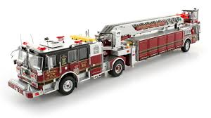 100 Model Fire Trucks TWH Collectibles Leesburg Volunteer Company Seagrave Tractor