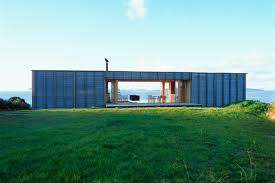 104 Beach Houses Architecture Coromandel Bach Is A Protected Timber House In New Zealand
